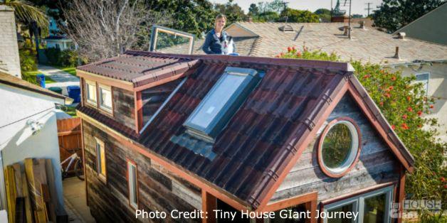 tiny-house-giant-journey-ondura-onduvilla-3d-shingles-roof-00472